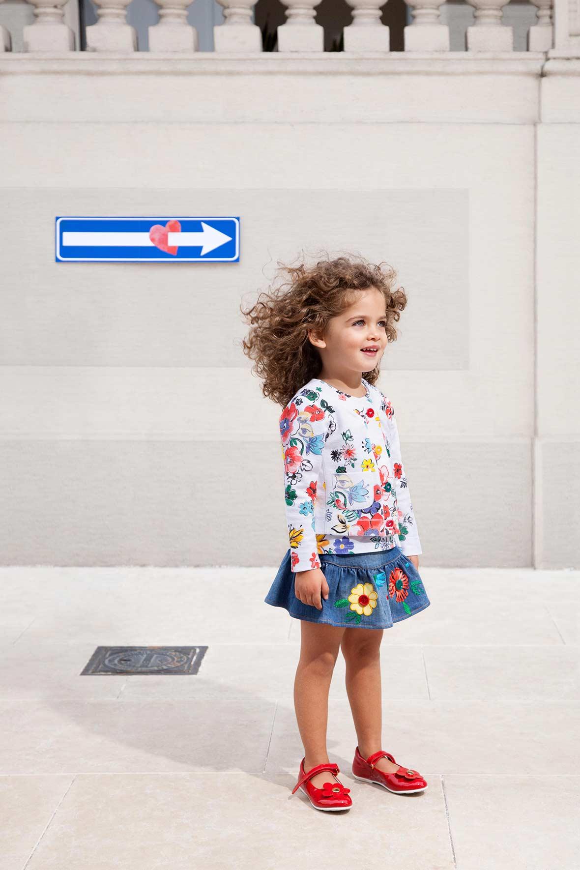Moschino denim skirt with flowers