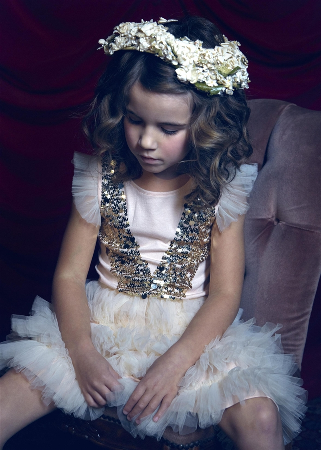 tutu du monde a world of pretty princesses and fabulous fairies fannice kids fashion. Black Bedroom Furniture Sets. Home Design Ideas