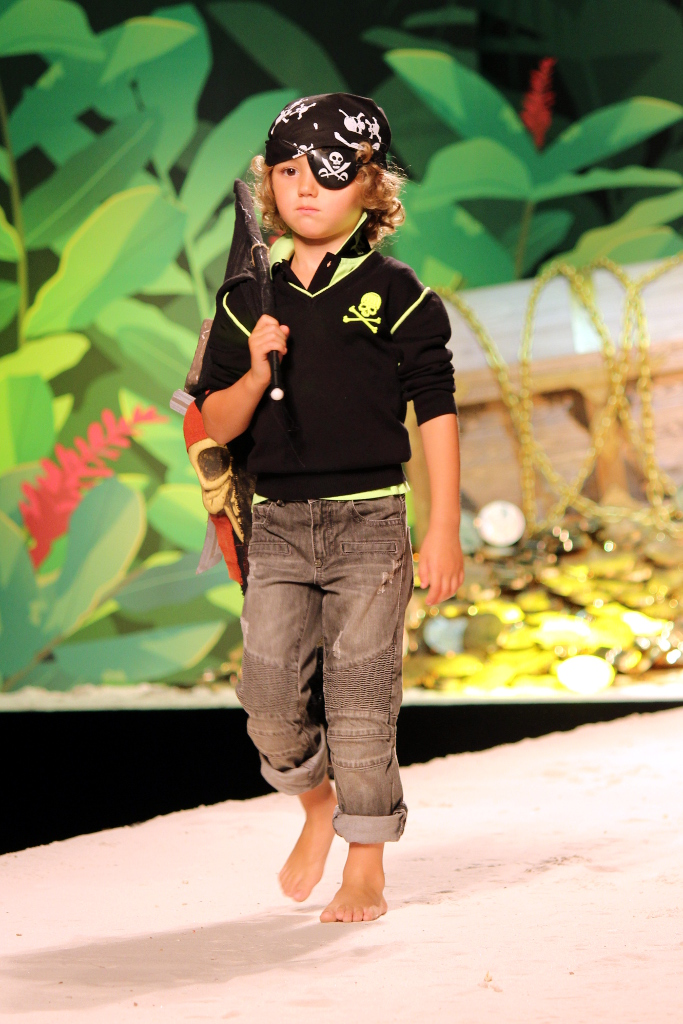 "Philipp Plein Junior Spring 2015, the ""pirate crew"""