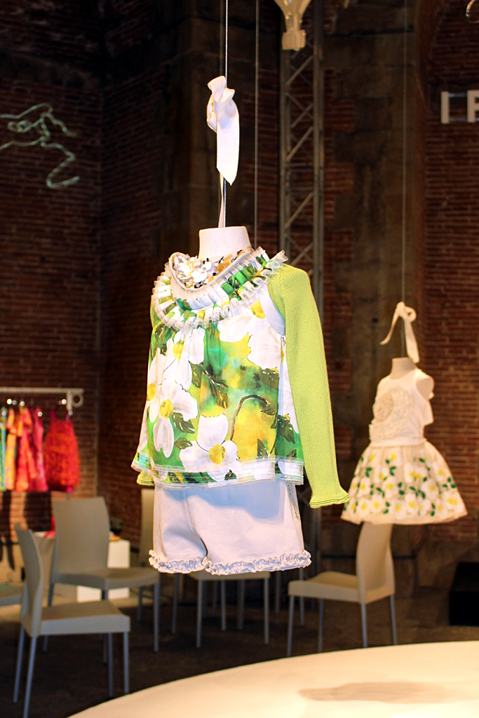 I Pinco Pallino spring 2015, white shorts and floral blouse