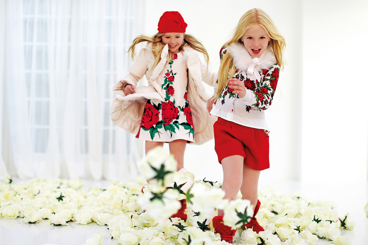 Miss blumarine winter 2014 campaign red roses