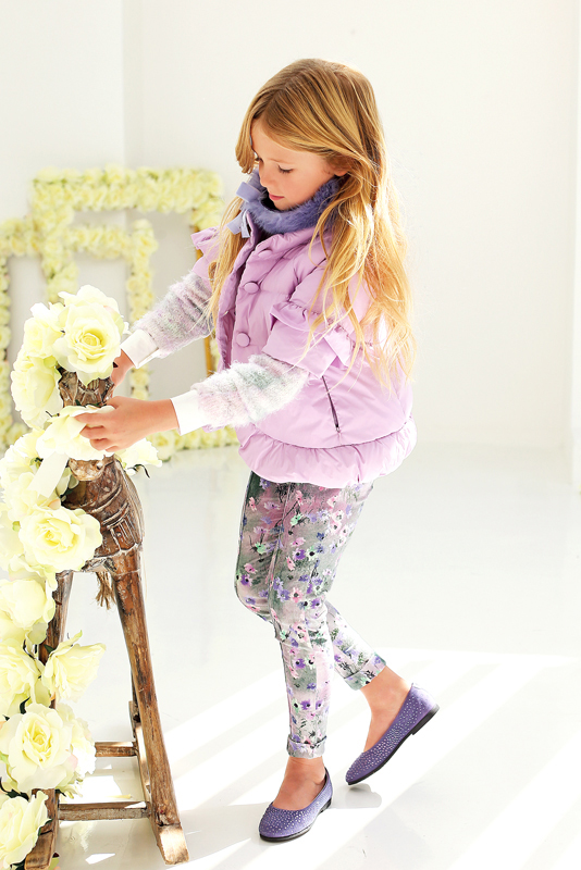 Miss blumarine winter 2014 campaign purple wild flowers