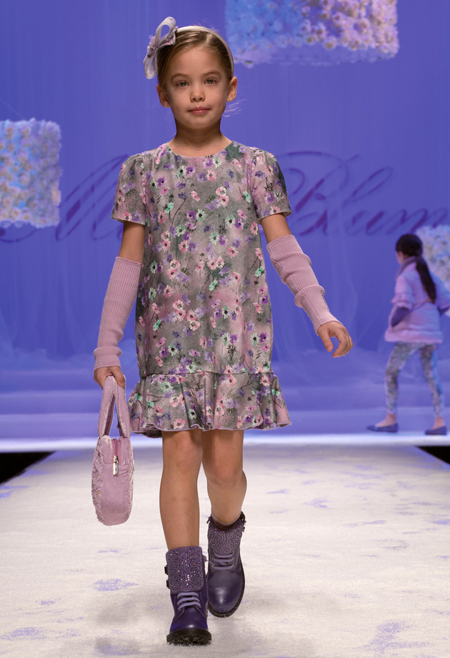 Miss Blumarine winter 2014, grey dress with purple floral print