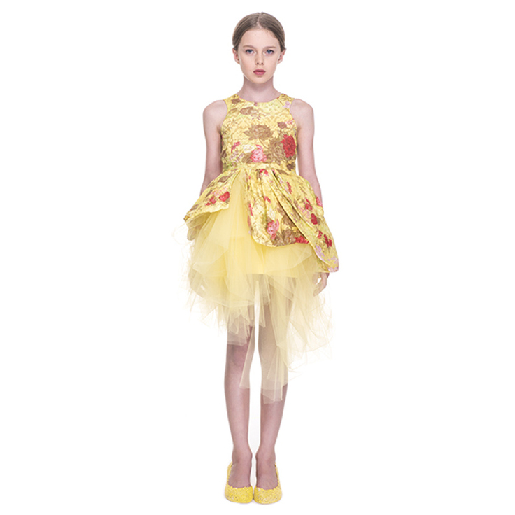 Mischka Aoki spring 2015, yellow sleeveless dress