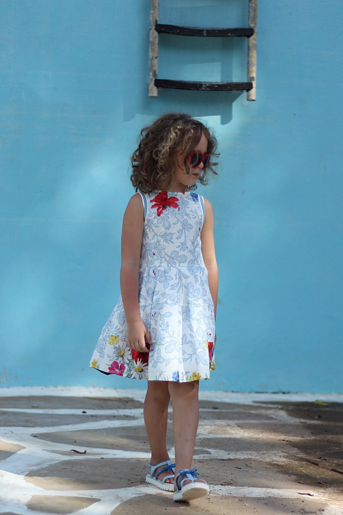 Simonetta spring 2015 with a blue sky floral print