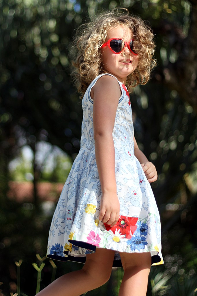 Simonetta dress with poppies and daisies