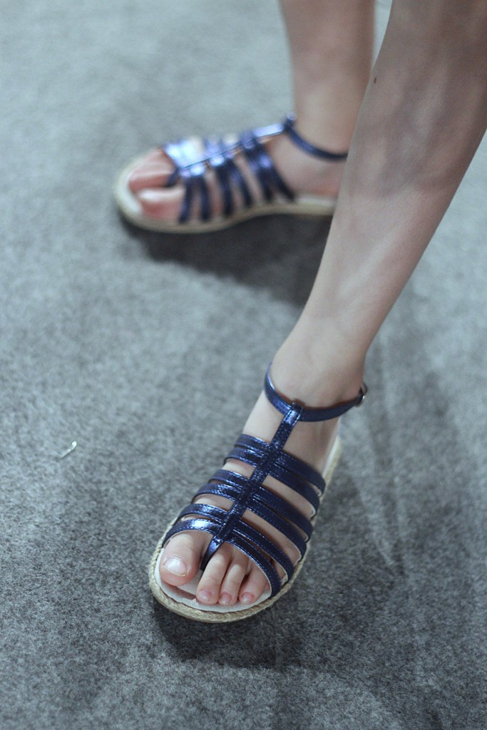 Il gufo spring 2016 blue sandals
