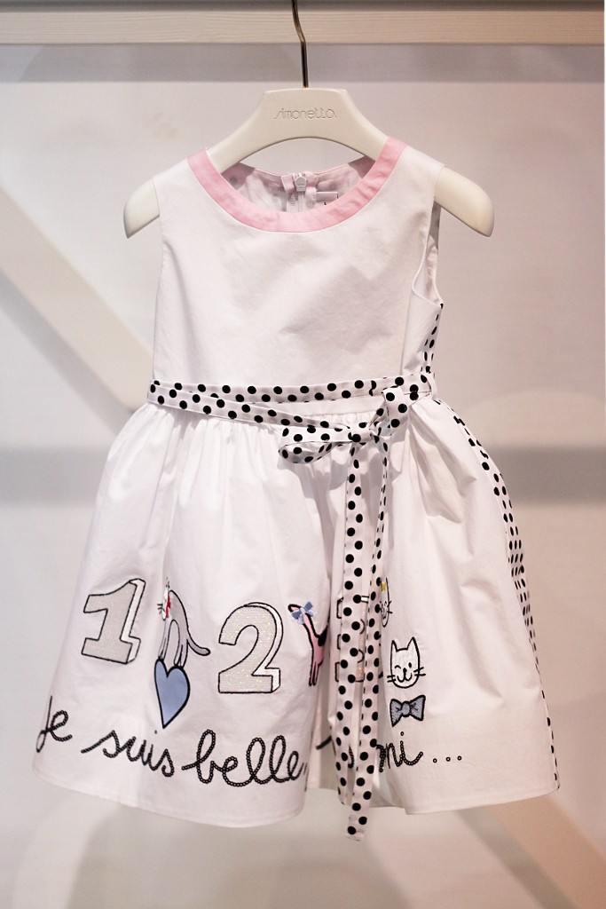Simonetta spring 2016 white dress with black polka dots details