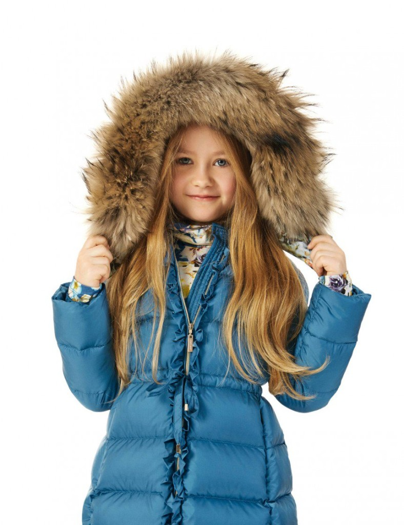 Roberto Cavalli Winter 2015 - Blue down padded coat with fur