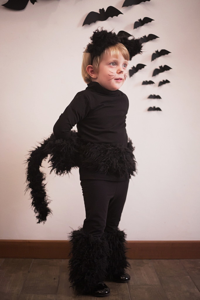 Halloween kids costumes black cat