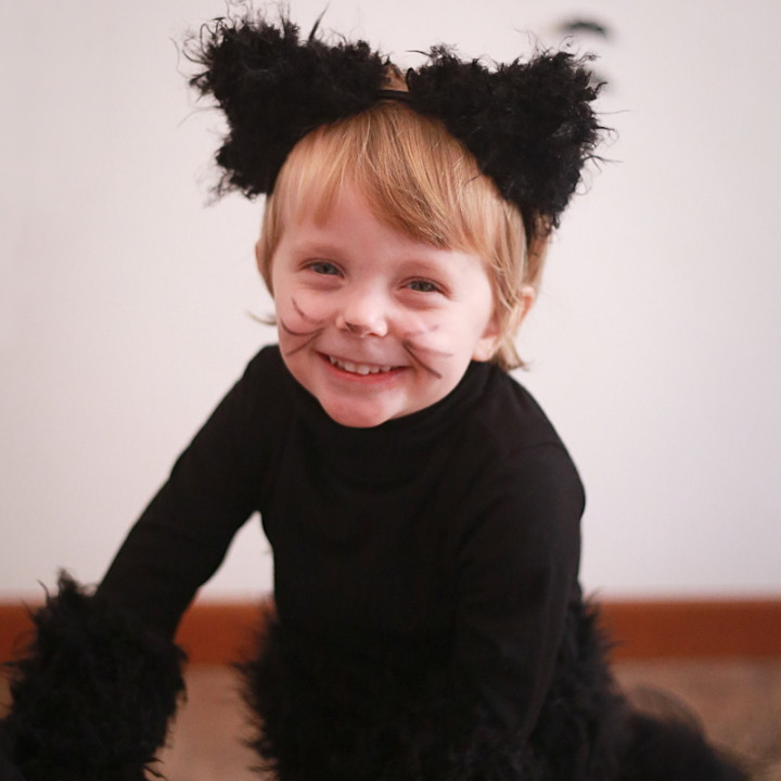 Halloween kids costumes black cat (part I)