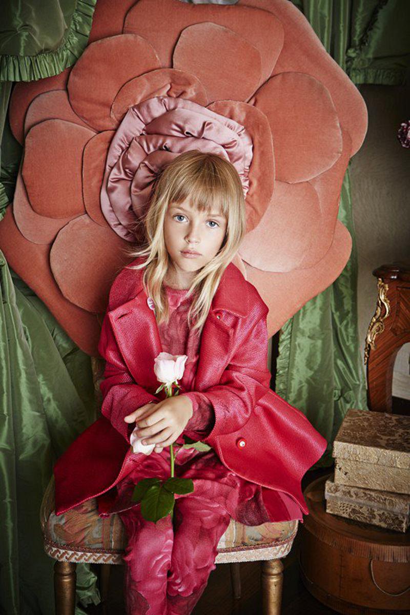 Miss Blumarine Winter 2015 advertising campaign