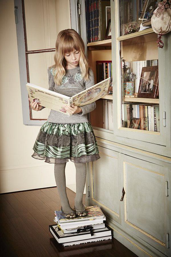 Miss Blumarine Winter 2015 ad