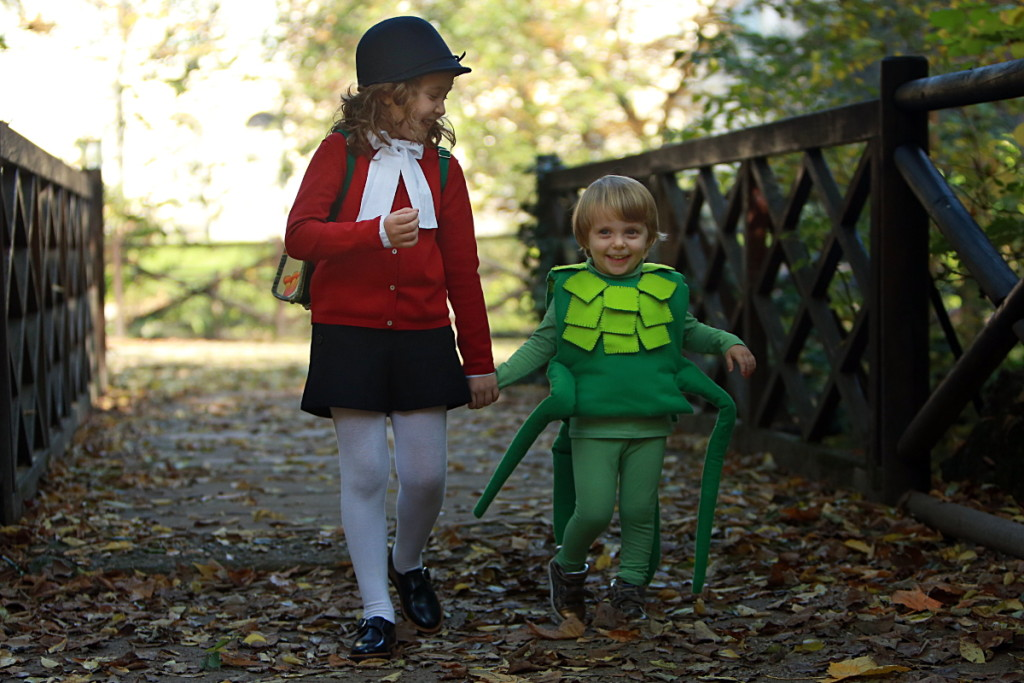 DIY Halloween kids costumes Pinocchio and cricket