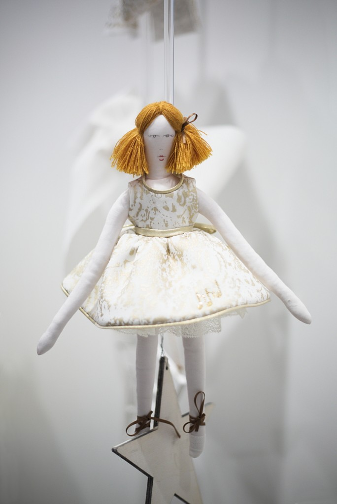 Mimisol winter 2015 white doll