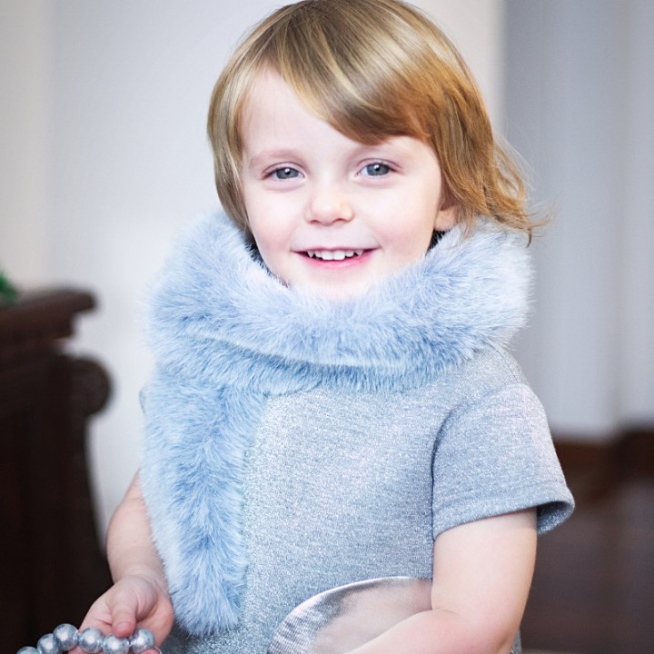 Simonetta winter 2015 in silver and skyblue