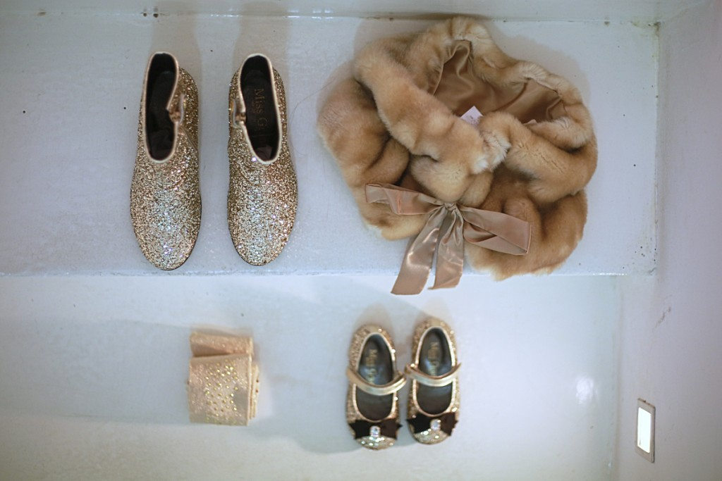 Miss grant winter 2015 fur and gold accessories