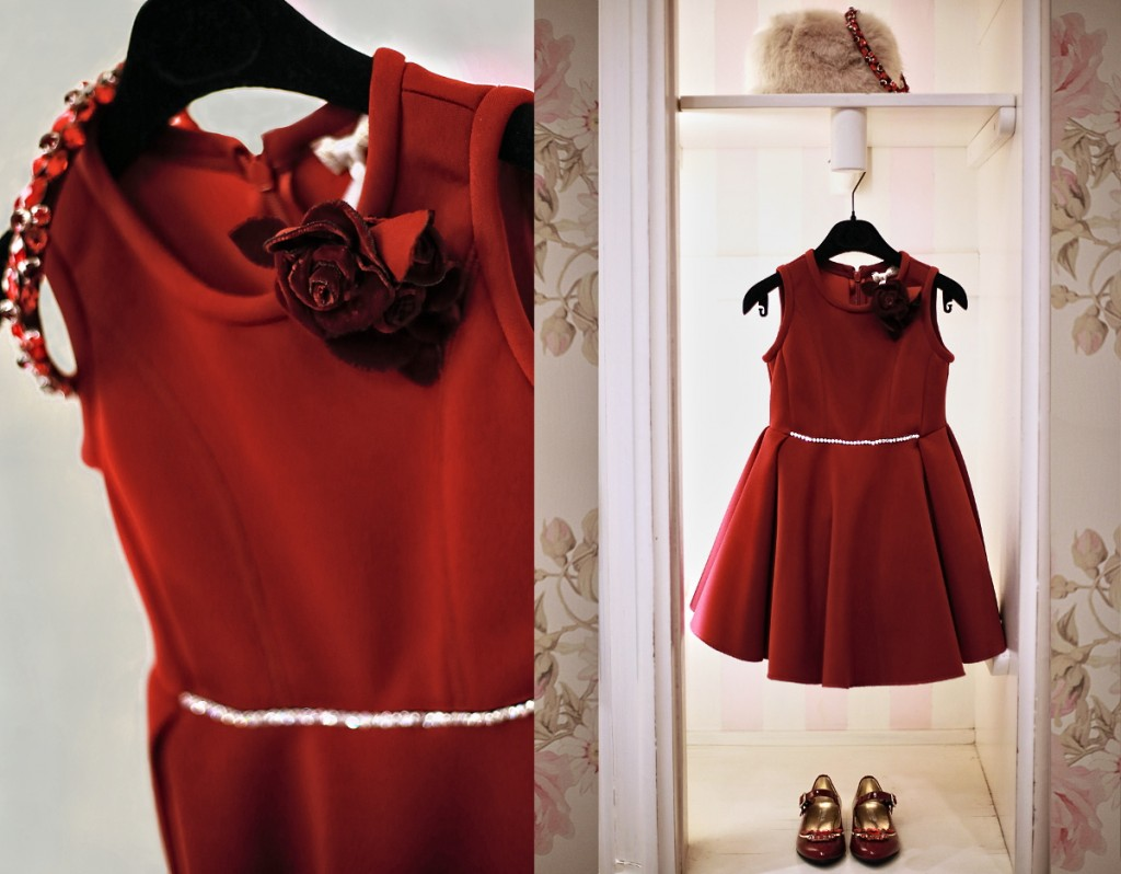 Monnalisa winter 2015 red dress with gems