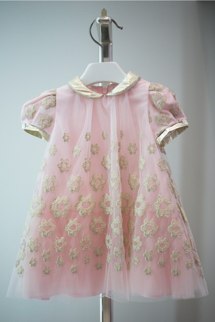 Simonetta winter 2015 pink dress with gold flowers