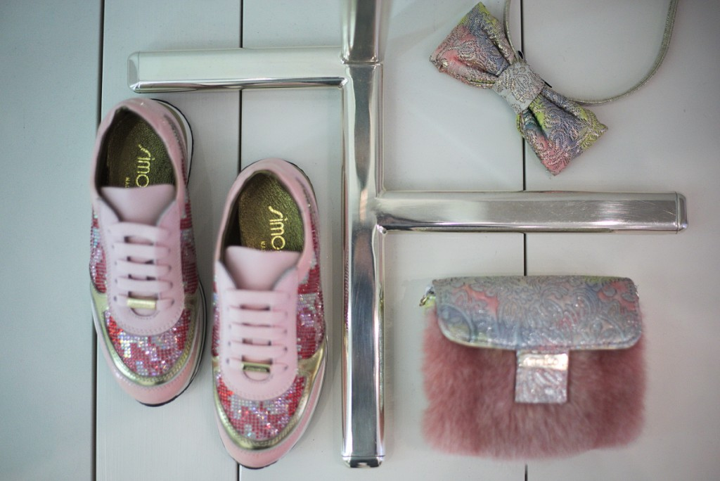 Simonetta winter 2015 pink and gold accessories