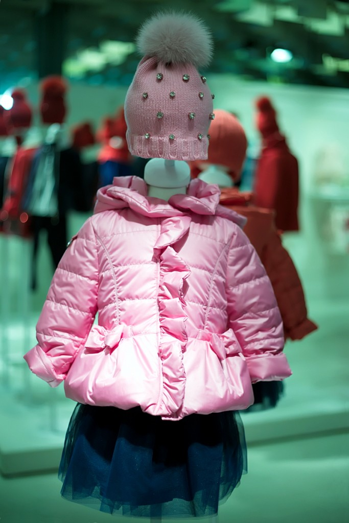 Pitti Bimbo 82 Aletta winter 2016 pink down jacket with matching hat