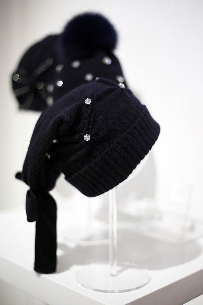 Pitti Bimbo 82 Aletta winter 2016 navy blue wool hats