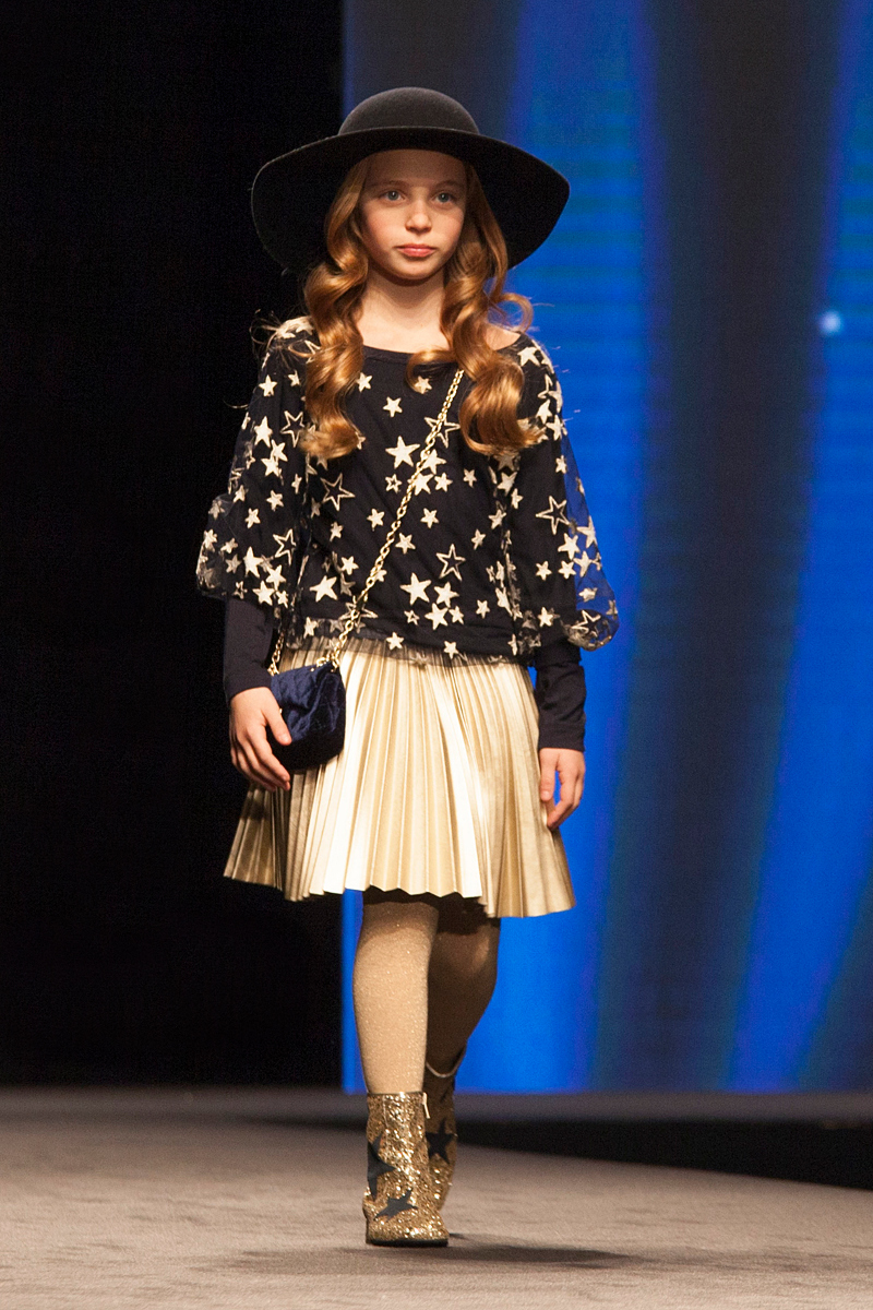 Monnalisa fashion show fall winter 2017 - Fannice Kids Fashion