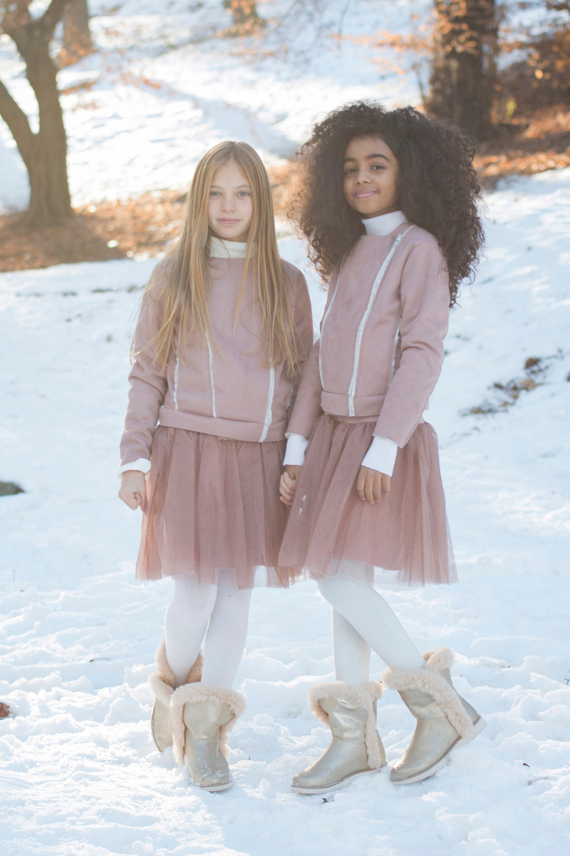 Let is snow with Magil pink poetry for winter 2017