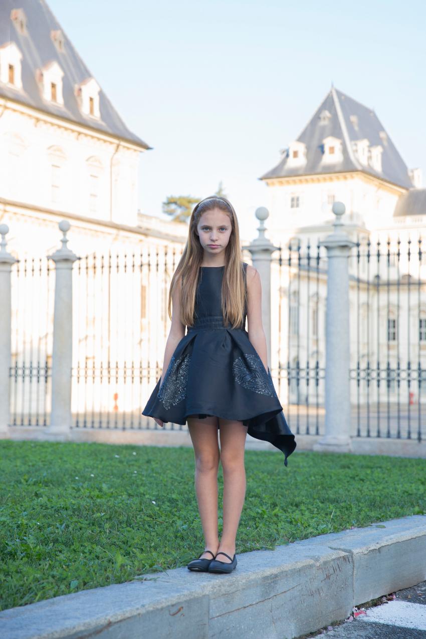 kids wearing black clothes and FUN FUN fall winter 2018 dress