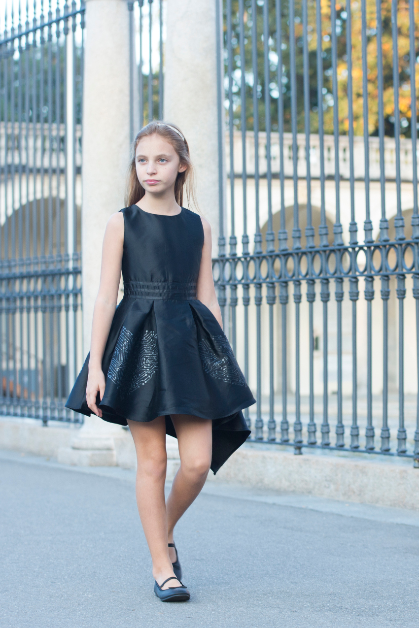 Kids Wearing Black And Fun Fun Fall Winter 2018 Fannice