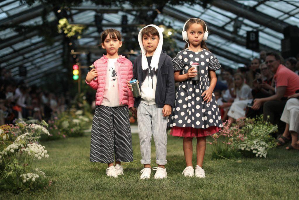 il gufo fashion show during pitti bimbo 89