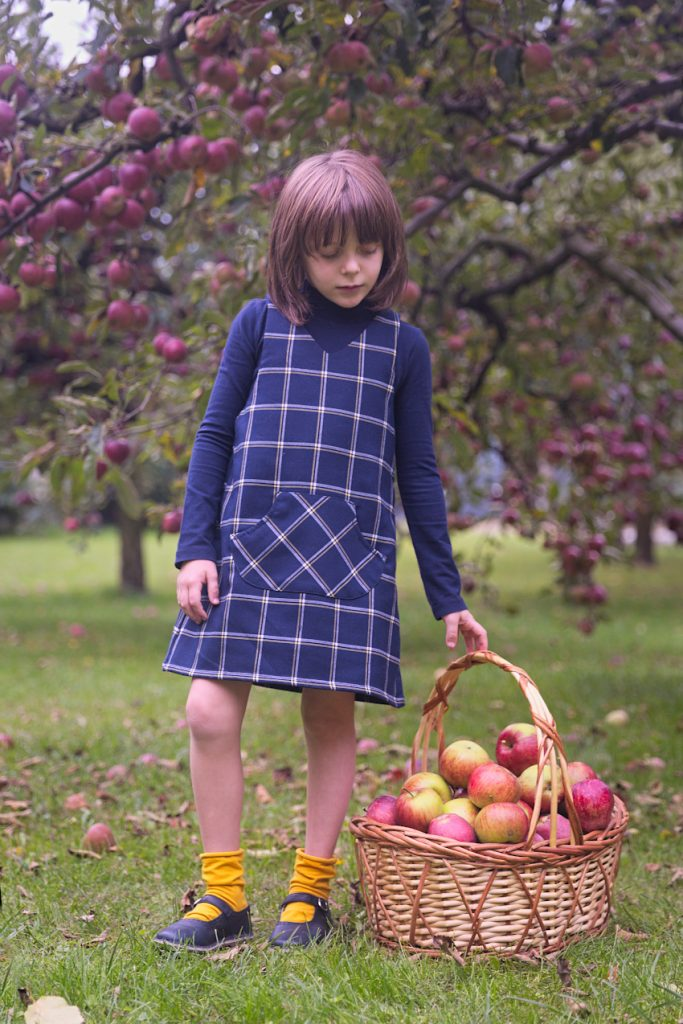 Sarabanda fall winter 2019 during the apple harvest
