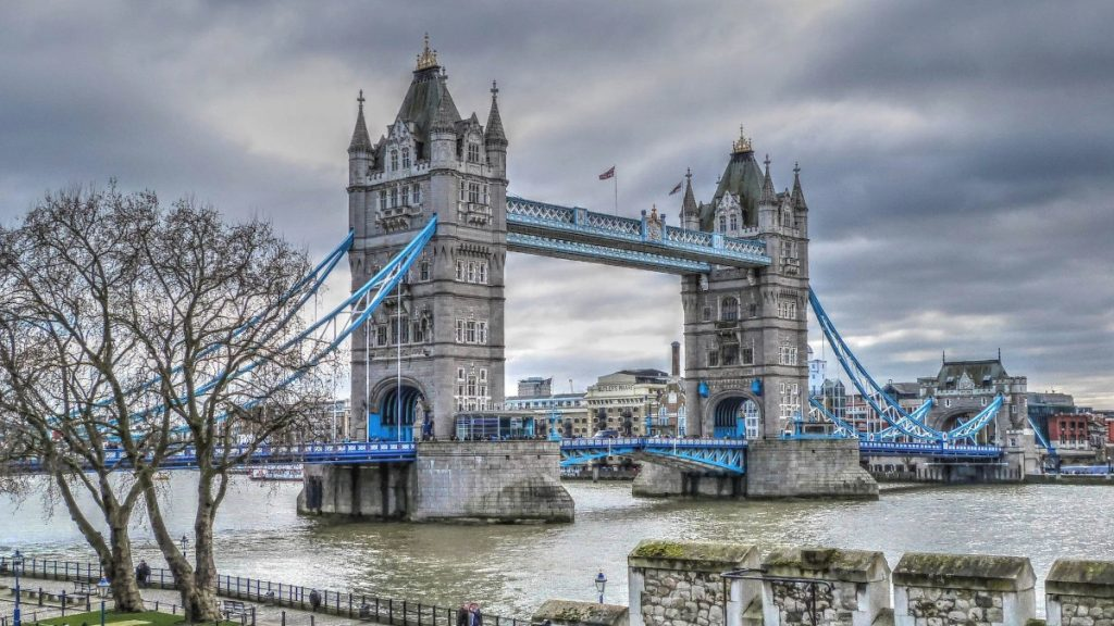 Weekend in London with kids Tower Bridge