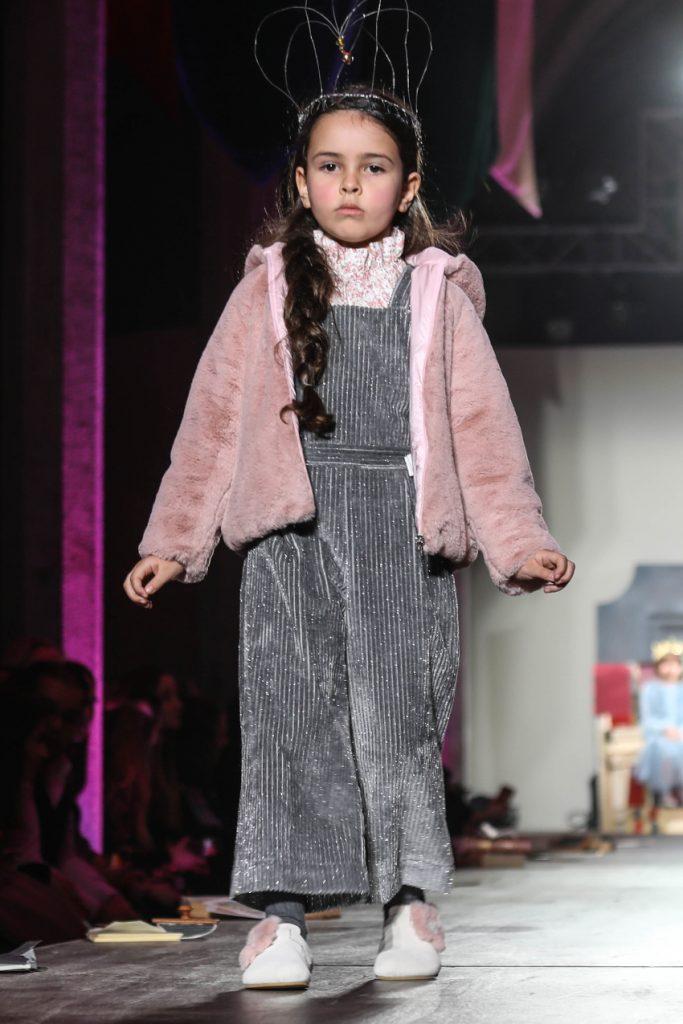 il gufo fw20 fashion show the world is our kingdom