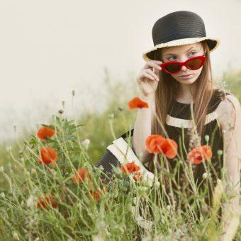 Poppies field and Mimisol black dress
