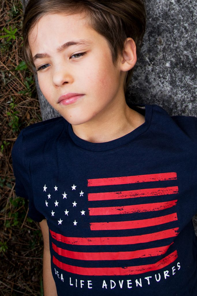 Calliope blue t-shirt with USA flag