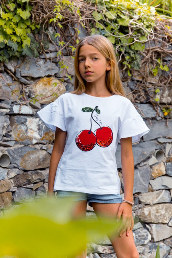 Calliope white t-shirt with cherry