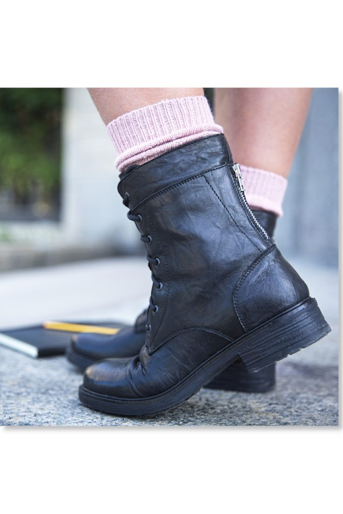 Back To School 2020 black boots from Dianetti