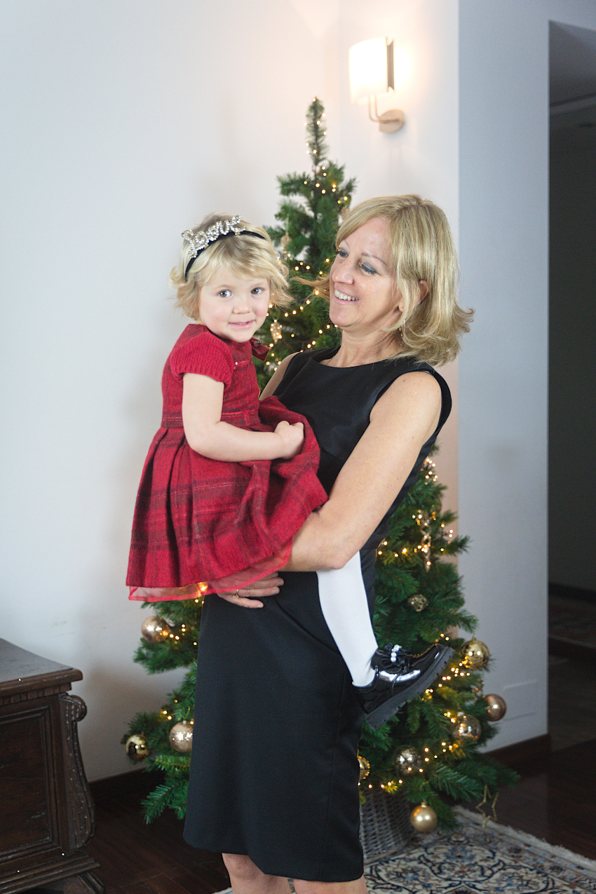 Christmast at the time of Covid - Aurora in walkey shoes fall winter 2020/2021 Laura in morelli shoes fall winter 2020/2021