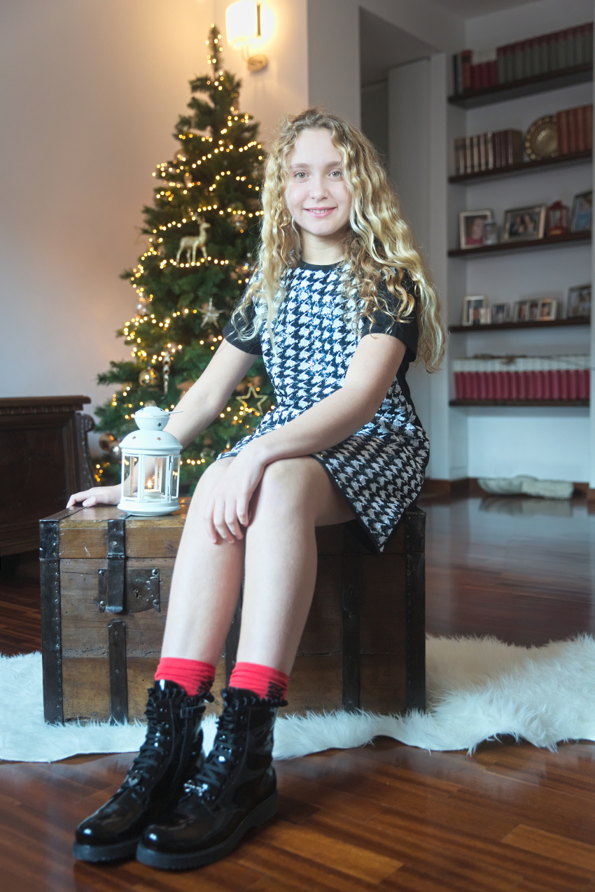 New Year's Resolutions 2021 with Anna in FUN & FUN black and white outfit