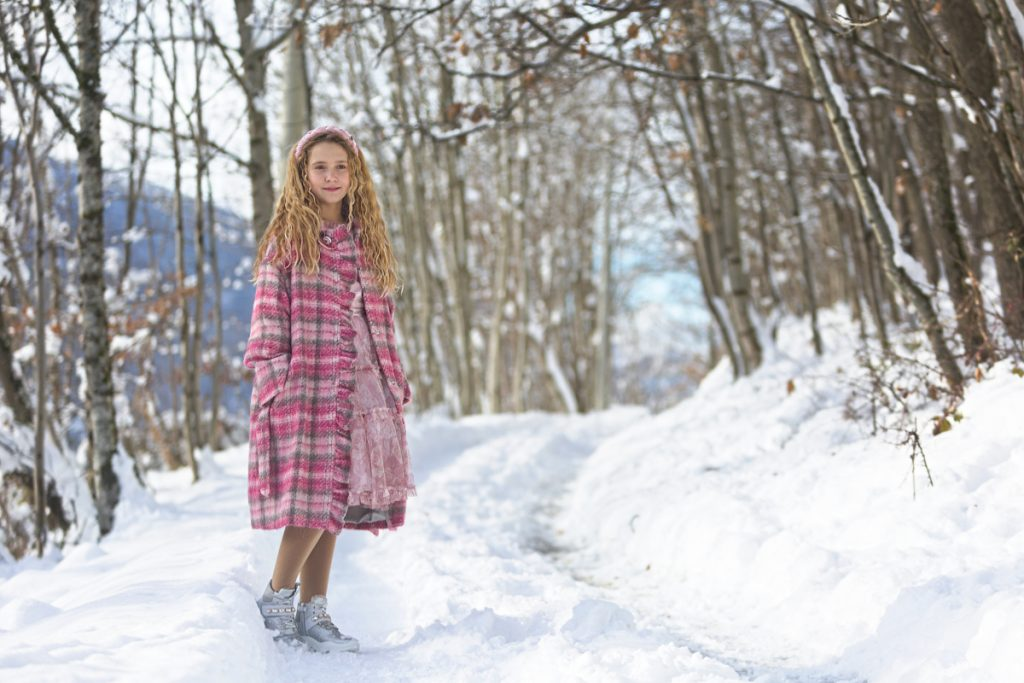 Kids snow and Monnalisa Chic fall winter 2020/2021 collection in pink