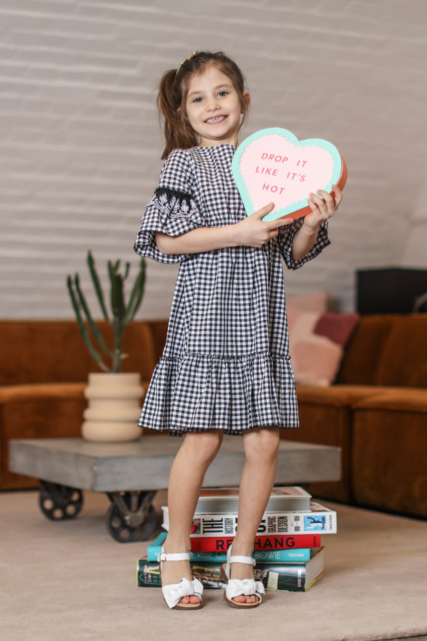 Dianetti shoes spring summer 2021 white sandals for kids Black and white vichy outfit from T-love by Baby Cross