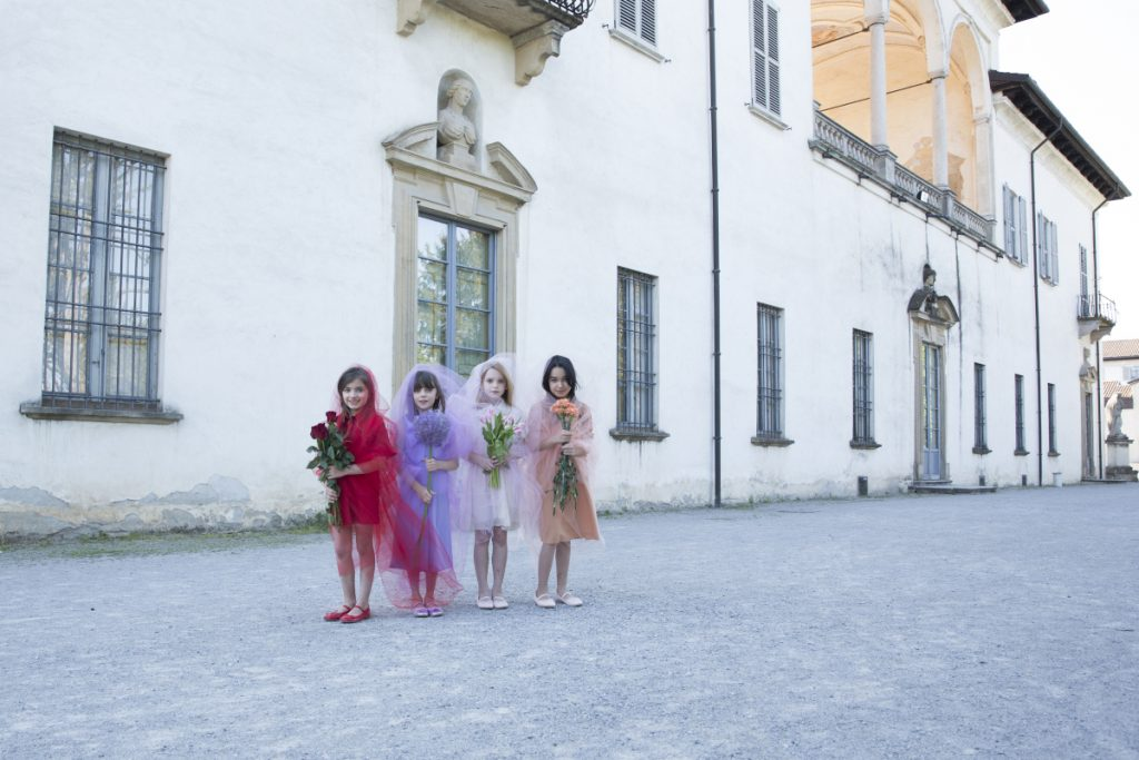 Blooming Beauty our Kids Fashion Editorial in collaboration with Ariana Currò. Repose AMS, Alitsa, Simonetta, Elisabetta Franchi bambina